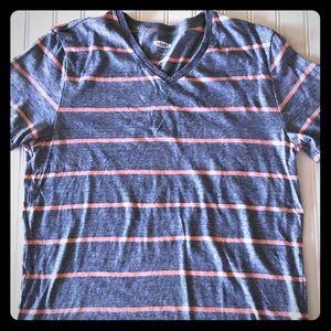 Old Navy v-neck shirt